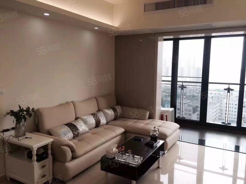绿榕湖畔11楼120平方3房2高档装修,家电齐全