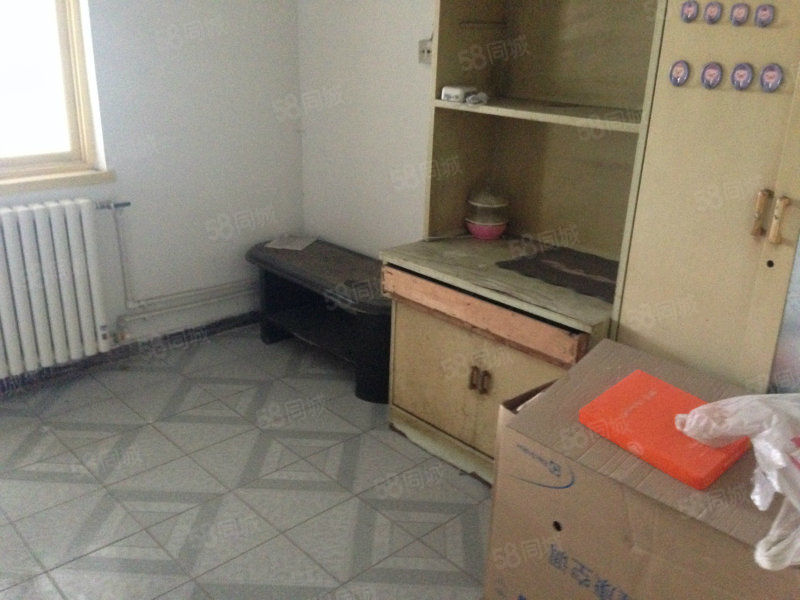 民生好房源莲池大街东区一居室5楼55.5W