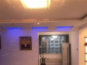 运河盛世精装修空房干净有少量家电三室朝阳急租有钥匙随时看房