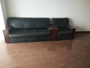 晨阳庄园4室两厅两位168平精装适合一家木地板家具齐全