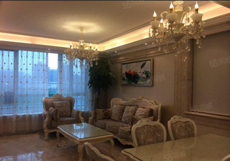 郑东新区紧邻CBD地铁口永威翡翠城精装修两房随时看房业主诚租
