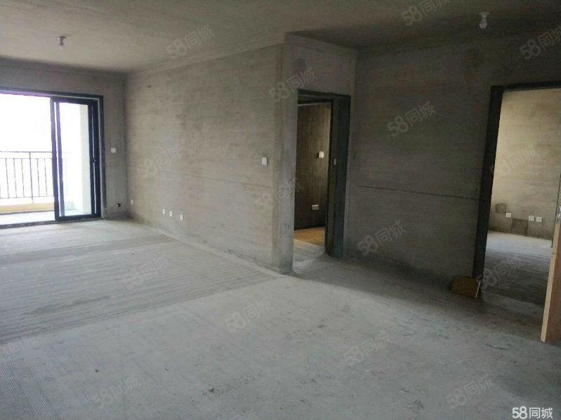 万达华府南北通透大4房楼层好小区中心位置房东诚意出售