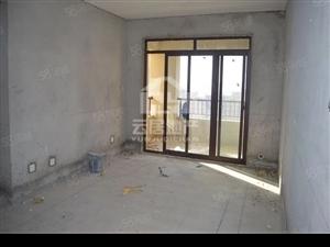 急售天河瑞景,高档小区,三室朝阳,位置好,周边配套设施齐全。