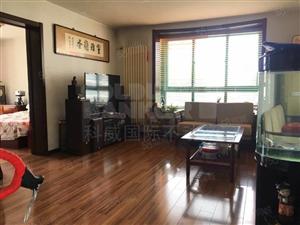 金水路三室一厅居家式装修家具家电齐全南北通透采光好
