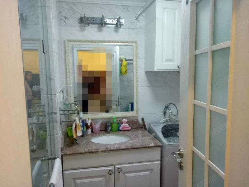 新开路润德广场欧式精装2室一厅小户型高档公寓好房出租