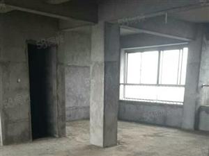 一平方6000出售华山电梯三房