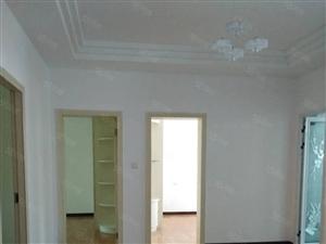 名泉小区123平米5+6精装修3室2厅售29.8万