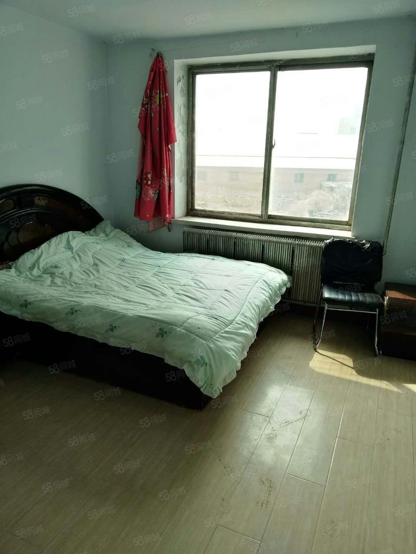 月租:松坡东园1室2楼包供暖500元