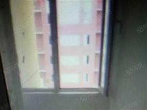 出售荷香苑15楼81平
