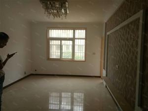 双河湾精装,三室两厅两卫。。。。。。