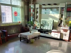 实验中学对面三室出租一年一万三看房方便