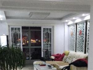 悦城华府2室1厅2000元/月,设施齐全,拎包入住