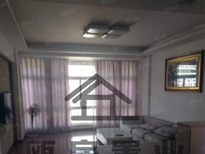 今典小区精装3房2厅2卫出租,130平,1900元
