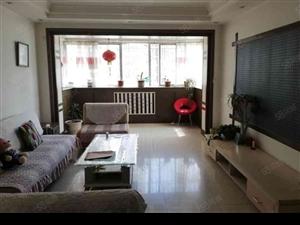 粮食局家属院两室两厅家具齐全可伶包入住适合家居