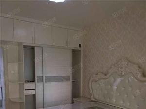 未来城3室,豪装修,家电齐全,一年起租。