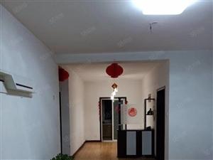高速时代华府四室两厅两卫,三个阳台,小区环境优美,小区物业好