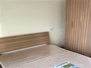 嵩山南路杏贾路精装小三室拎包入住随时看房!