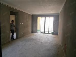万达华城经典四室小区主打户型中间楼层采光无敌有证贷款