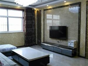 急租人民广场附近紫云东区3室2厅精装拎包入住双气电梯房