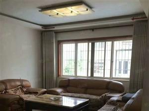鑫旺房产房源私营城安平街3楼150平4室2厅2卫精装拎包入住