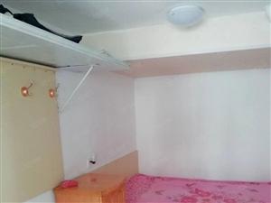 杨柳国际新城1室车库,装修,独立卫生间干净整洁位置好,有网