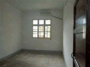 二医院附近三室两厅一卫楼层好