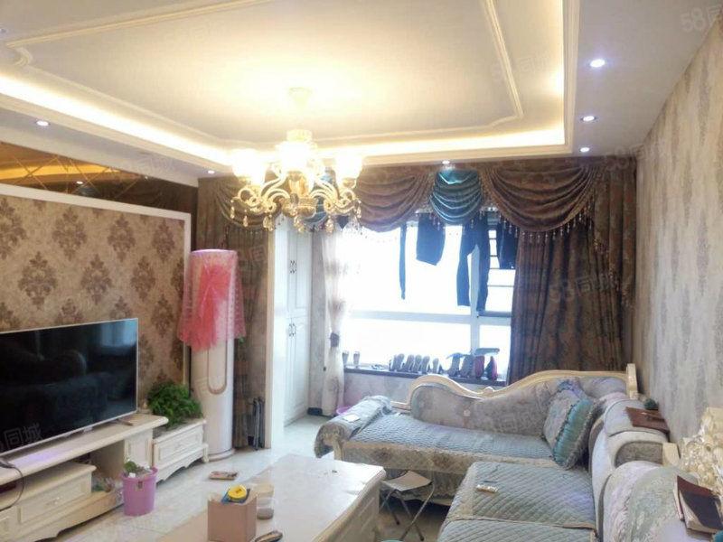 96平大两房搬了新家精装婚房头次出租