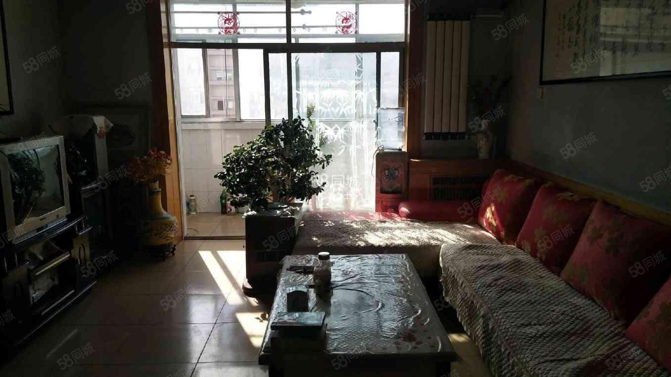 中华路学校附近2室拎包入住