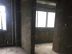 0东湖林语138.73平方三房二厅二楼电梯房售价45.8