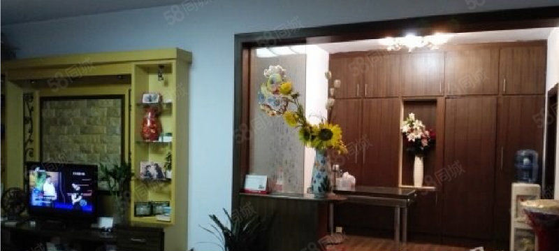 出售金都小区三居,邻近鹤翔小学,淇滨中学。可贷款。