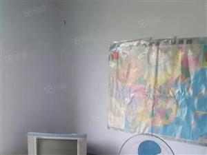 新大陆,1室,750元、每月,室内有洗衣机,床,衣柜,吸烟机