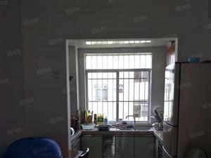东源名城四期38万2室2厅1卫普通装修超好的地段,住家