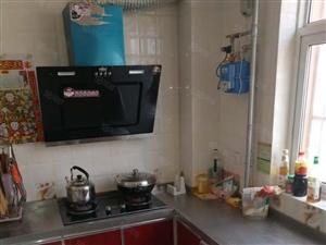 岚山湾精装三居室带家具家电