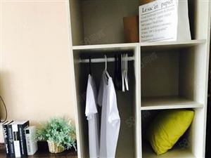 标间合租不收中介费,随时看房,图片实拍,拎包入住。