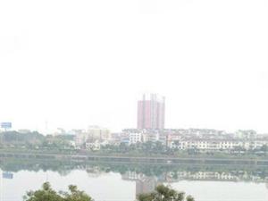 单价才2700买一线河景房大三房6楼仅售39万