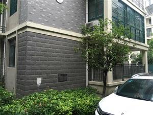 城市花园小区一楼124.8平方米有证,满五,大户型
