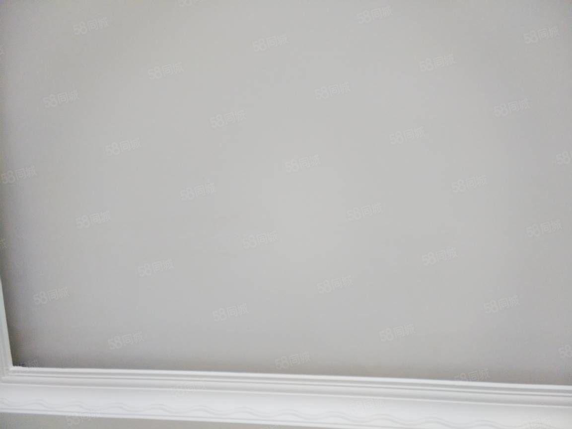 南关什子黄板装修3楼2室2厅拎包入住