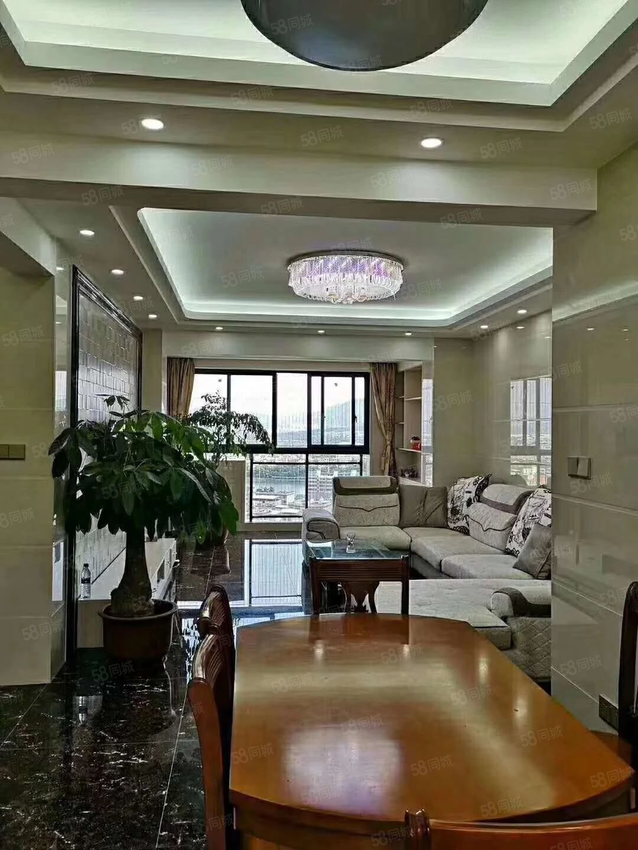 帝豪时代广场电梯高层,3房2厅2卫,精装修带家电,拎包入住。