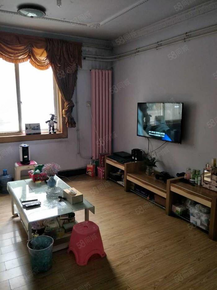 河医地铁口郑大东生活区旁多层两室可上幸福路小学