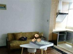吉首火车站附近一室一厅精装22万