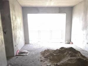 体育馆五室两厅两卫清水房130平米,即买即装!房子真心不错!