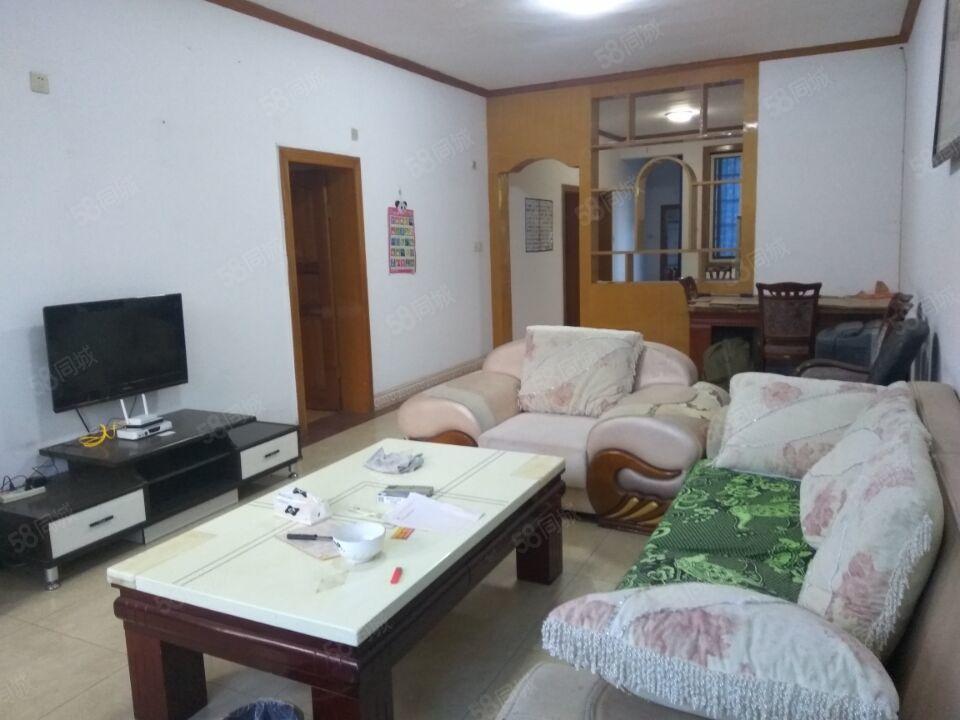 姜家湾5楼3室2厅1卫精装修家具电器齐全拎包入住