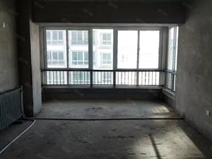 亨泰花苑毛坯房临街可按揭南北卫生间带窗3室2厅1卫