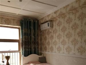 东城瑞景国际82平带家具