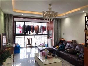 香槟一号145万3室2厅1卫精装修,阳光充足,治安全