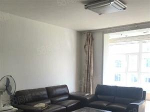 开莱社区三居室出租精装修家具齐全拎包入住