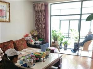 化湖人家精装修四室两厅一厨两卫带储物间中间楼层急售