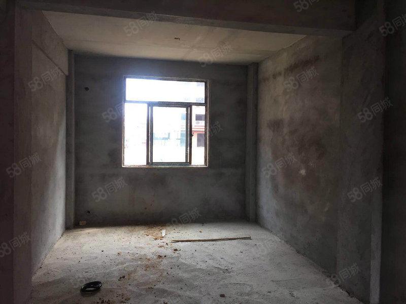 三合大市场安置房3室2厅东边边户