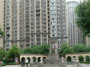 尚城国际2室拎包住。月租1500商住两用。繁华地段购物近