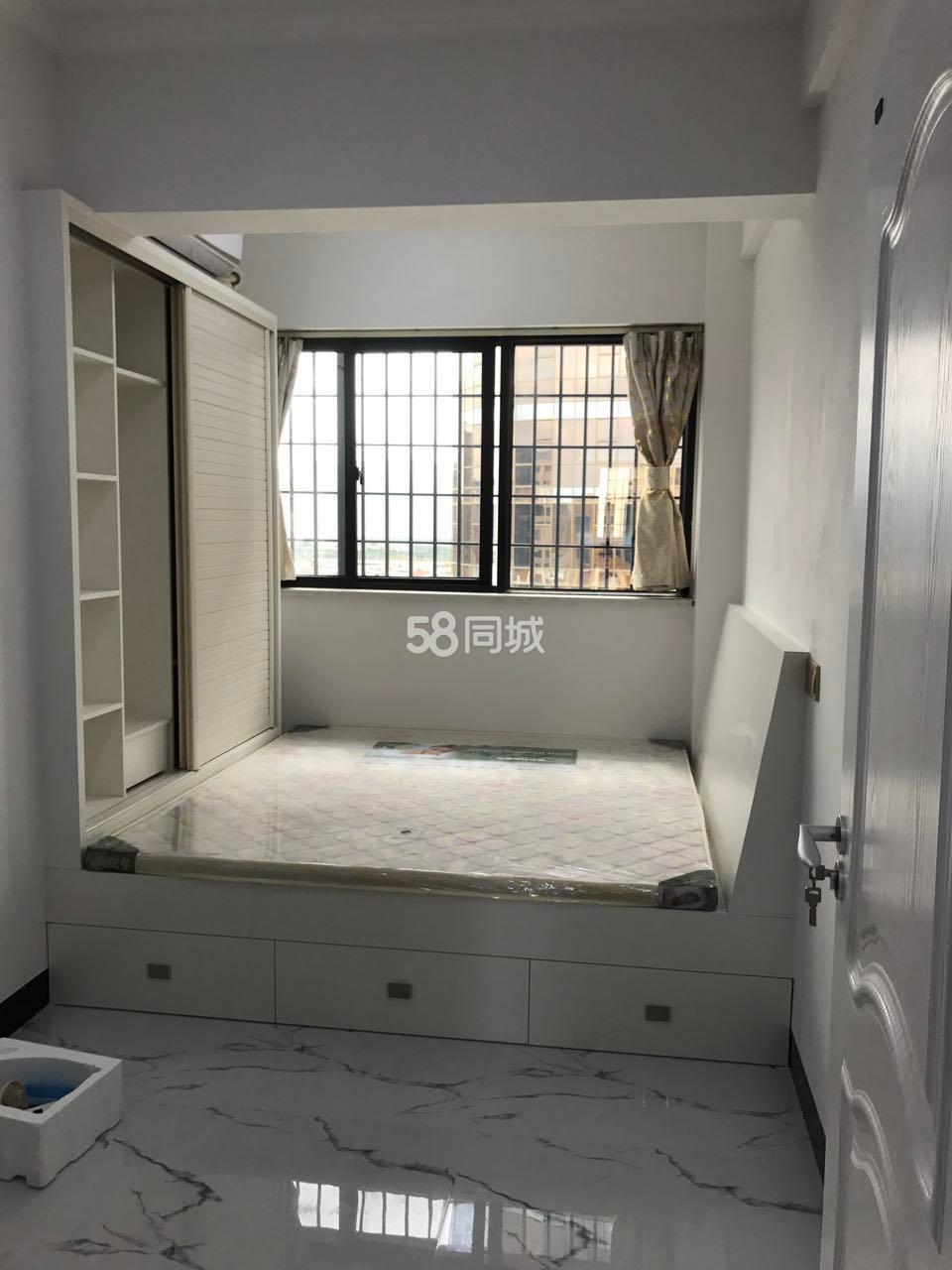 欣隆盛世朗域3室2厅2卫
